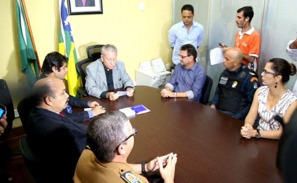 Deputado Francisco Gualberto prestigiou a posse do Delegado João Eloy assume a pasta