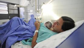 Trabalho de parto espontâneo é importante para saúde da mãe e do bebê