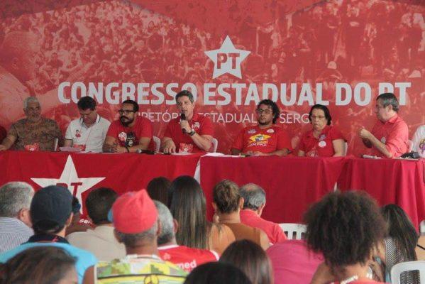 Rogério Carvalho, foi reeleito presidente do PT com 76% dos votos