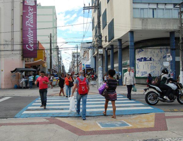 Centro da cidade movimentado na sexta-feira antes do dia das mães. Foto: Se Notícias
