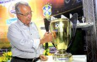 Jackson recebe Troféu Melhores do Ano por incentivo ao futebol sergipano