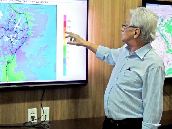 Chuvas devem continuar pelos próximos 5 dias, afirma Centro de Meteorologia