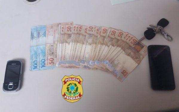 Dinheiro da suposta propina foi apreendido pela Polícia Federal (Foto: ascom/PF)