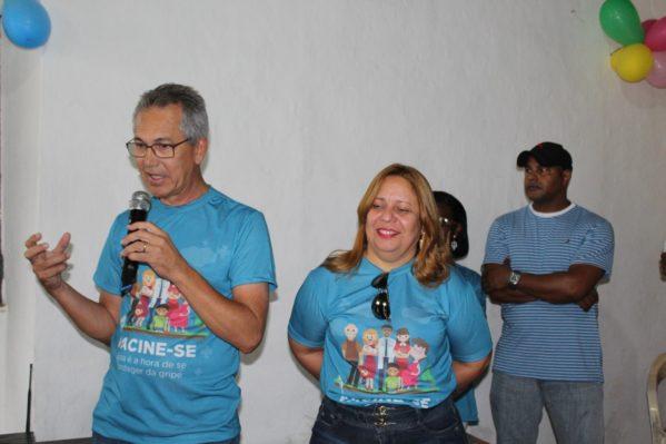 Prefeito abre dia 'D' de vacinação contra a gripe em São Cristóvão (Foto: Ascom/PMSC)