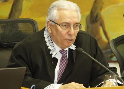 A consulta foi relatada pelo conselheiro Luiz Augusto Ribeiro, corregedor-geral do TCE