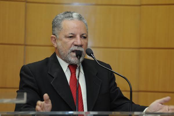 Deputado estadual Francisco Gualberto (PT), líder do governo na alese.