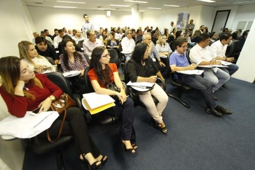A reunião teve a participação do conselheiro-presidente Clóvis Barbosa de Melo, que contribuiu com o debate e esclareceu dúvidas dos gestores