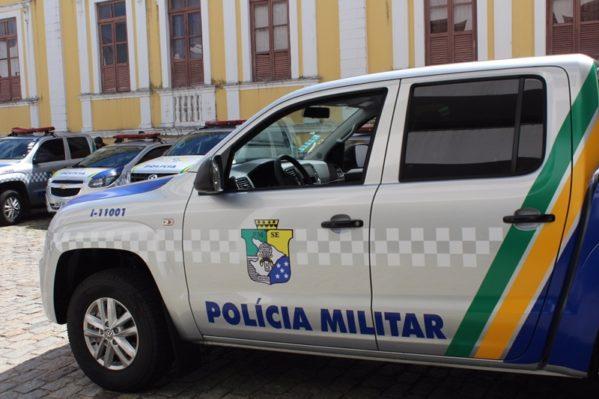 Polícia Militar flagra dupla com armas e maconha em festa de paredão no Mosqueiro
