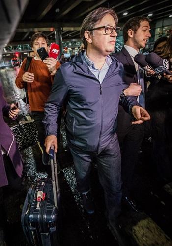Fachin autoriza libertação do ex-deputado Rocha Loures Crédito: Bruno Santos/Folhapress. Brasil. São Paulo - SP. O deputado federal Rodrigo Rocha Loures (PMDB-PR) chega de Nova York, (ele é um dos citados na delação de executivos da JBS), no Aeroporto de Cumbica em Guarulhos.