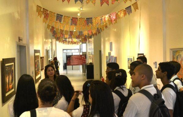 Corredor Cultural lança exposição fotográfica sobre festejos juninos