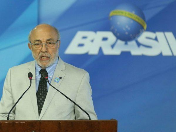 Ministro interino da Cultura pede demissão do cargo