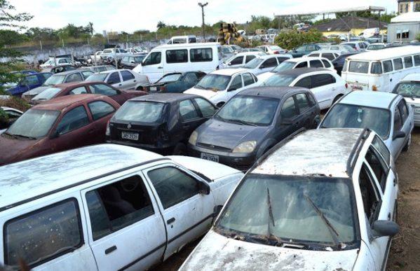 SMTT Aracaju fará leilão de veículos e sucatas no próximo dia 7