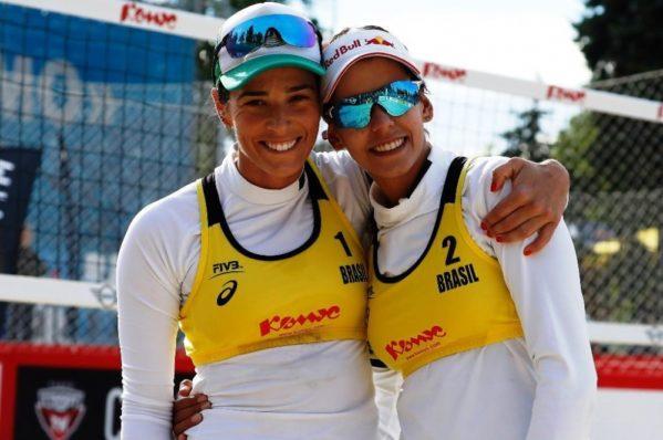Nas oitavas de final, Duda e Ágatha enfrentarão a tricampeã olímpica americana Kerri Walsh e sua nova parceira Nicole Branagh às 7h – horário de Brasília.