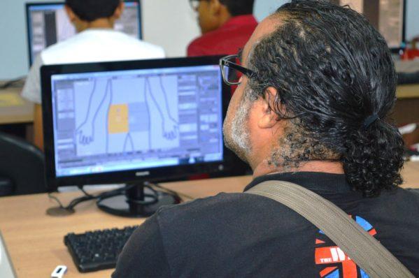 O projeto oferece cursos de capacitação gratuitos para comunidade