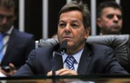 Relator Sergio Zveiter recomenda prosseguimento de denúncia contra Temer