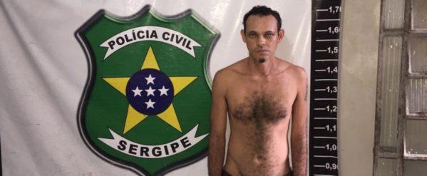 Dimas está preso à disposição da Justiça sergipana.