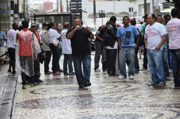 Presidente da UGT/SE, Ronildo Almeida, na greve geral de 30 de junho