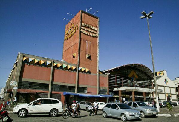 Antigo Mercado Albano Franco estará fechado para limpeza geral na segunda-feira, 16