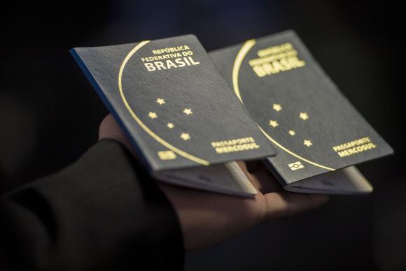 Produção de passaportes será normalizada em cinco semanas