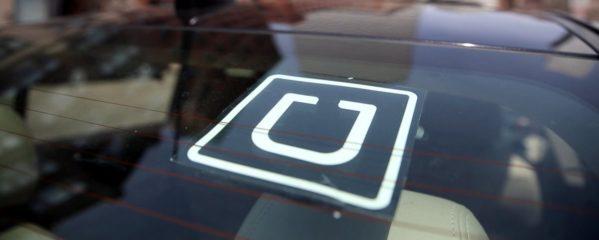 Uber vai passar a cobrar para devolver itens esquecidos nos carros
