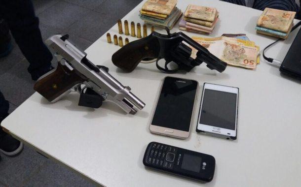 Quarteto é preso após assalto realizado no Bairro São Carlos