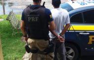 PRF detém motorista com mandado de prisão em aberto pelo crime de latrocínio