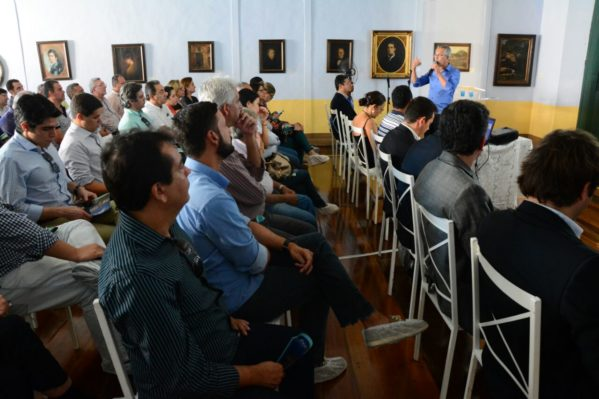 Prefeito Marcos Santana recebe empresários e apresenta possibilidades de investimento em São Cristóvão