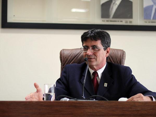 Secretário de Estado da Fazenda, Josué Modesto.