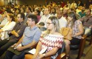 TCE reúne 300 técnicos dos municípios para orientar sobre Lei Orçamentária e licitações
