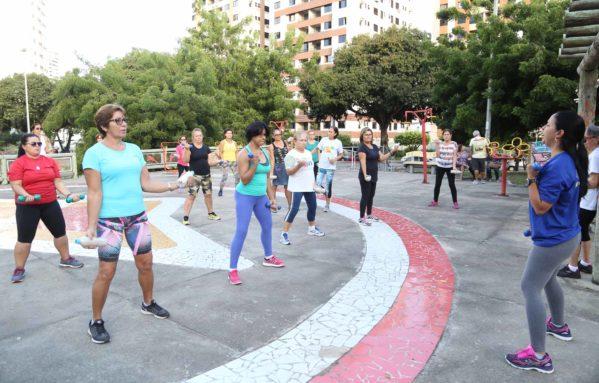 Academia da Cidade estimula a prática de hábitos saudáveis