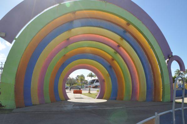 Governo vai substituir arco-íris do mundo da criança na Orla de Atalaia