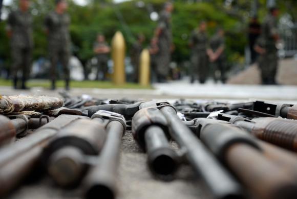 Armas apreendidas podem ser doadas a órgãos de segurança pública