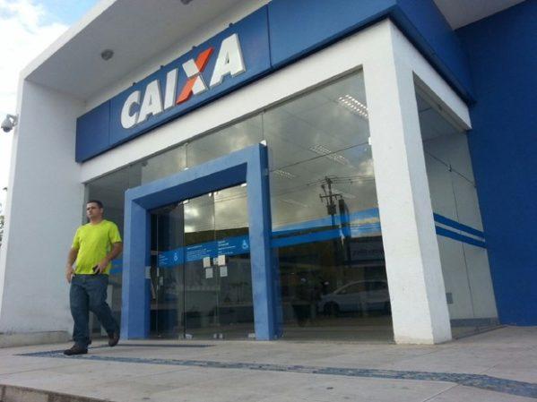 Caixa Econômica altera regulamento para contratação de bancário sem concurso