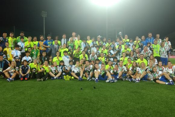 Brasil conquista medalha de ouro no futebol feminino