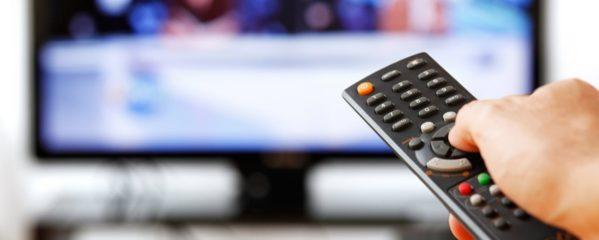 Como transmitir o conteúdo do seu computador para a TV usando a rede WiFi