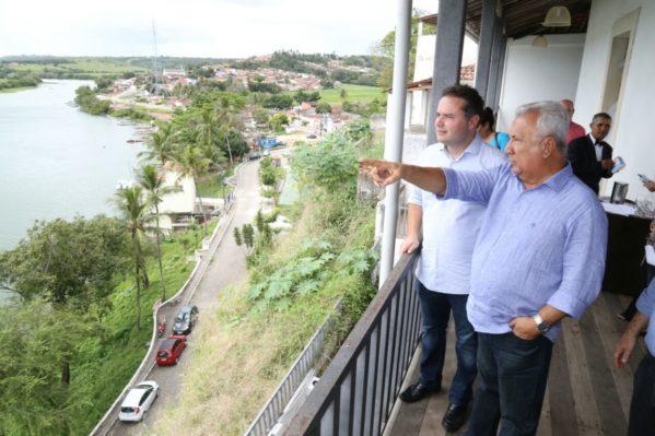 Durante solenidade, o governador Jackson Barreto apresentou nota técnica que avalia impactos econômicos e sociais da redução da vazão do São Francisco em Sergipe