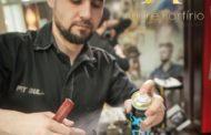 Designer de mechas, penteados e tricoterapia, André Porfírio ministra workshop em Aracaju