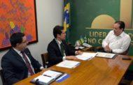 Confederação Nacional dos Municípios solicita intermediação de André Moura