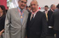 Jackson recebe a medalha JK, maior homenagem do governo de Minas Gerais