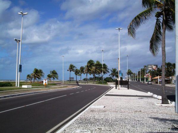 Trecho da Orla da Atalaia será fechado às terça e quintas para prática do ciclismo