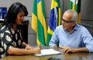 Prefeito de Aracaju viaja aos EUA para evento do BID. Eliane assume Prefeitura