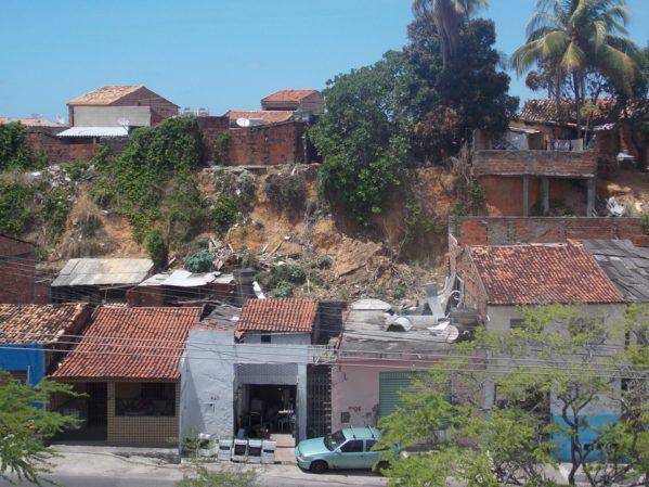 Defesa Civil de Aracaju monitora impacto das chuvas na capital