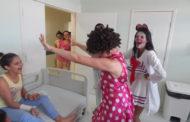 Humanização no Hospital Universitário: pacientes recebem visita dos