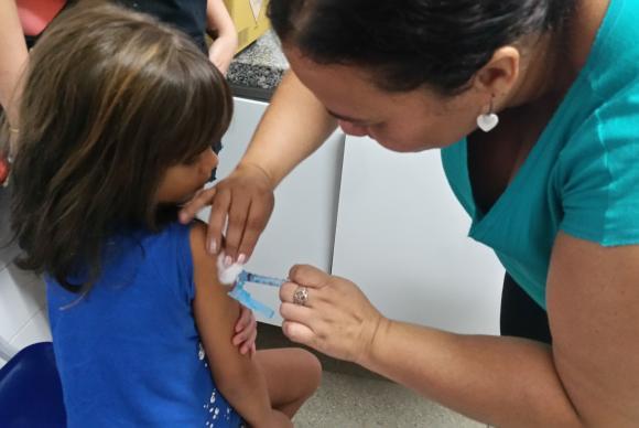 Campanha de vacinação contra sarampo e pólio termina na sexta