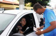 Detran realiza ações educativas sobre perigo de uso do celular ao volante
