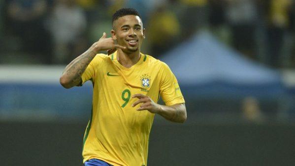 Gabriel Jesus marcou dois gols na vitória contra o Chile