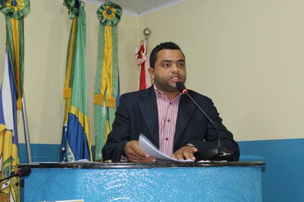 Rafael Oliveira desmente boato envolvendo seu nome com suspeito de trocar tiros com policiais