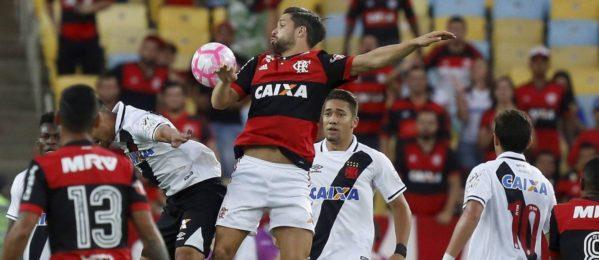 Flamengo e Vasco se enfrentam no Maracanã - Marcelo Theobald / Agência O Globo
