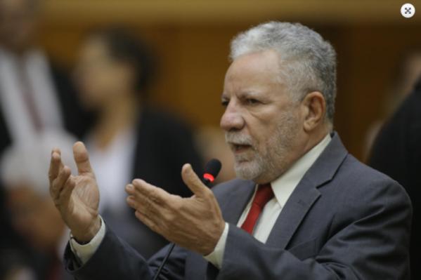 """Com o recurso garantido, o governo irá executar a obra e a instituição bancária repassa o valor"""", explica o líder do governo na Alese, deputado Francisco Gualberto (PT)."""