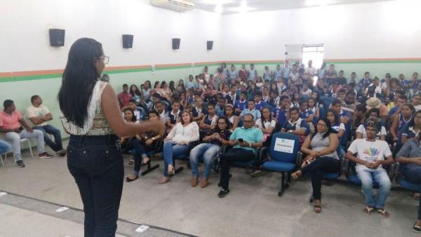 Prefeitura de Itaporanga lança programa de meia-entrada em eventos para jovens